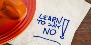 """How to Say NO to Clients – 3 Ways I Use to Say """"No"""""""